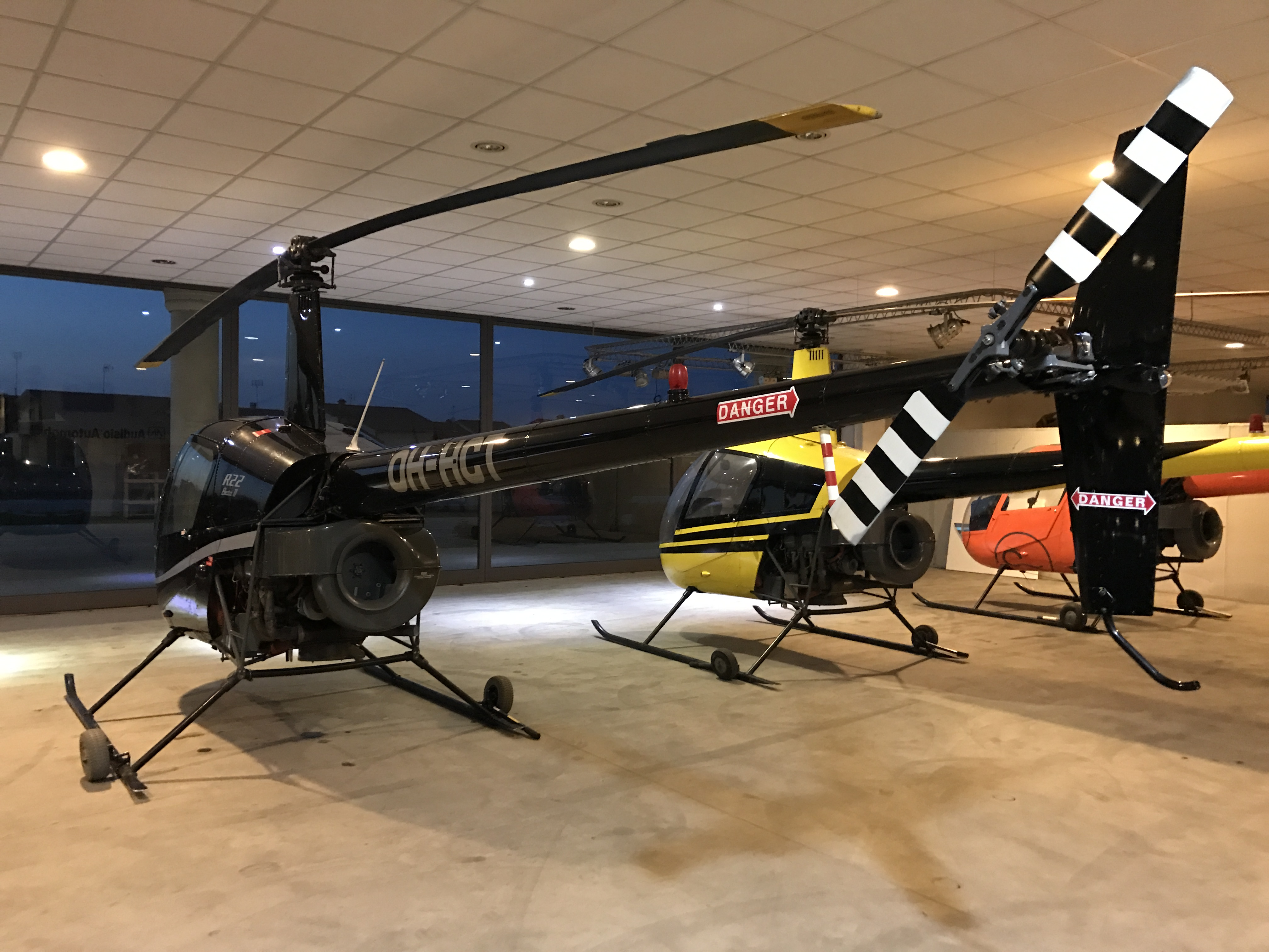 Elicottero R22 : Robinson r beta helicopterstrader
